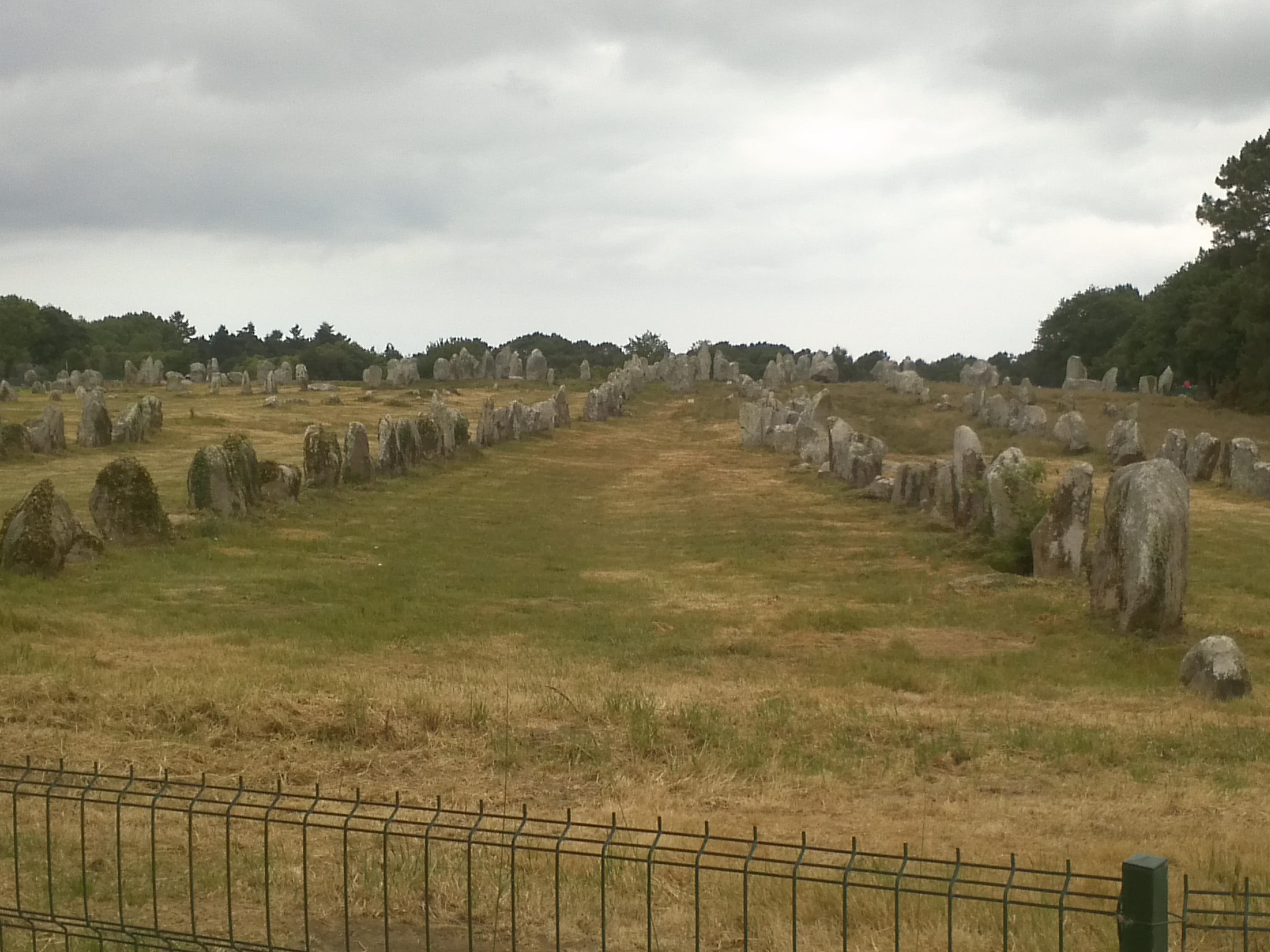 Het mysterie van de duizenden menhirs rond Carnac ontrafeld